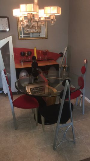 Modern dining room table and buffet for Sale in Utica, MI