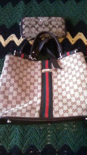 Gucci bag for Sale in Stockton, CA