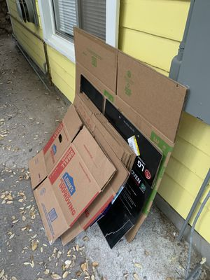 Moving boxes FREE for Sale in Sierra Madre, CA