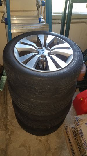Honda Accord wheels and tires for Sale in Schaumburg, IL