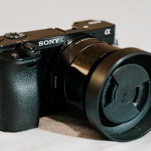 Sony Alpha A6000 W/ Sigma 19mm for Sale in Fresno, CA