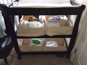 Baby Changing table black for Sale in Greenbelt, MD