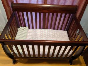 Baby Crib + Mattress + Waterproof mattress cover and more for Sale in Seattle, WA
