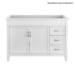 H.D.Coll. Ashburn 48 in. W x 21.75 in. D Vanity Cabinet in White for Sale in Dallas, TX