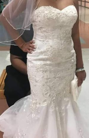 Wedding dress for Sale in Clinton, MD