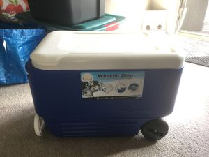 Igloo cooler for Sale in Frederick, MD