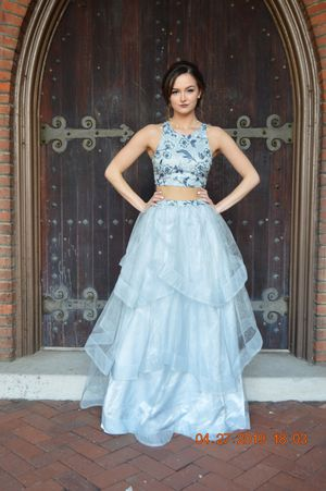 Prom dress for Sale in Paducah, KY