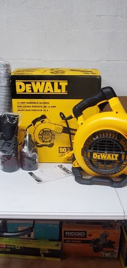 Dewalt 189 MPH 409 CFM 12 Amp Corded Electric Handheld Leaf Blower for Sale in El Monte,  CA