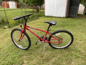 "24"" Specialized Mountain bike for Sale in Silver Spring, MD"