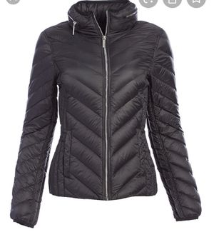 Michael Kors Womens light puffer Jacket for Sale in Fort Lauderdale, FL