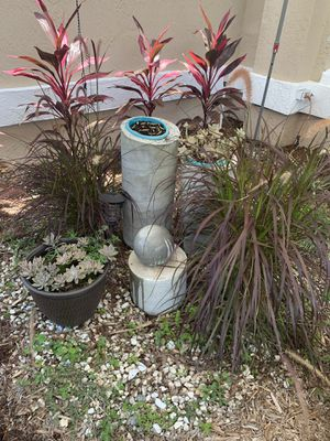 Concret fountain home maid for Sale in Kissimmee, FL