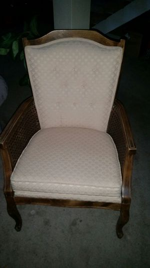Antique Chair for Sale in Las Vegas, NV