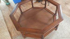Nice glass top coffee table for Sale in Lexington, NC