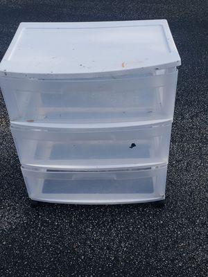 3 DRAWER PLASTIC STORAGE for Sale in Boca Raton, FL