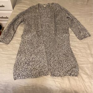 H&M Women's Gray Cardigan for Sale in Chicago, IL