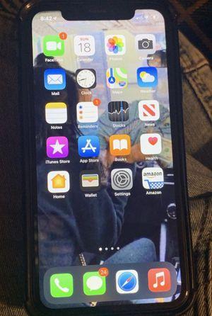 iPhone x mas for Sale in Des Plaines, IL