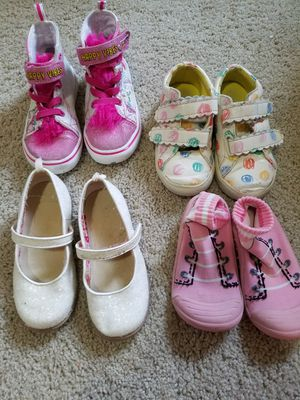Girls shoes size 8 for Sale in Mansfield, TX