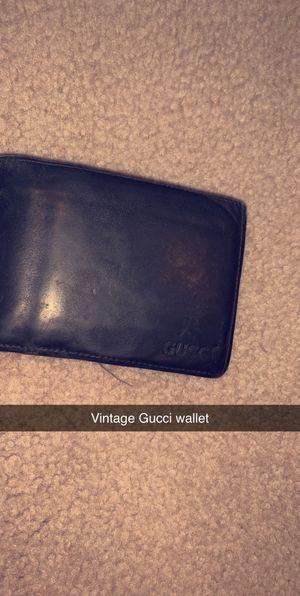 Vintage Gucci wallet for Sale in Elk Grove Village, IL