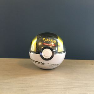 Ultra Ball Pokemon Tin for Sale in Chicago, IL