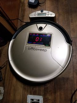 Robot vacuum bobsweep vacuum auto for Sale in Everett,  WA