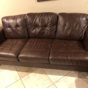 Sofa / Pull Out Bed / Fut On / Couch for Sale in Garden Grove, CA