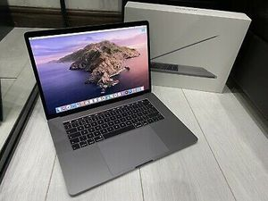"Apple MacBook Pro 16"" (1TB SSD, 8 Core Intel Core i9 2.40 GHz, 64GB) 8GB GDDR6 for Sale in Pharr, TX"