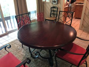 Kitchen table and chairs for Sale in Forest Hills, TN