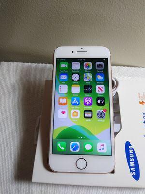 iPhone 8 unlocked 256gb for Sale in Leesburg, VA