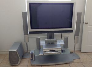 TV with stand with speakers for Sale in Laredo, TX