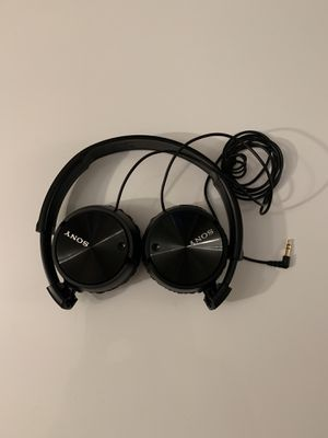 Sony Noise Cancelling Headphones ZX110NC for Sale in Redwood City, CA