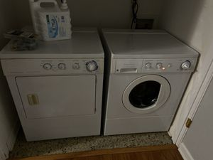 Frigidaire Front Loading Washer and Dryer Set for Sale in Taylors, SC
