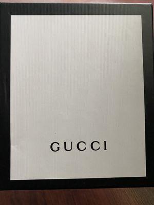 Men's Gucci wallet for Sale in Diamond Bar, CA