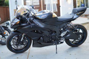 2012 Kawasaki ZX6R for Sale in Hillsborough, CA