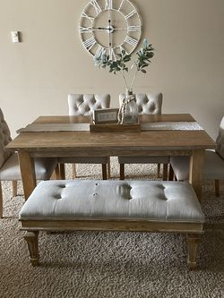 Dinning Table for Sale in Aurora,  OR