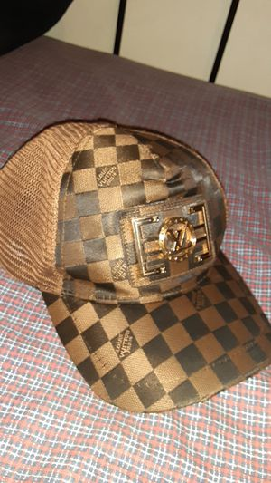 Used, Louis Vuitton hat for Sale in Columbus, OH