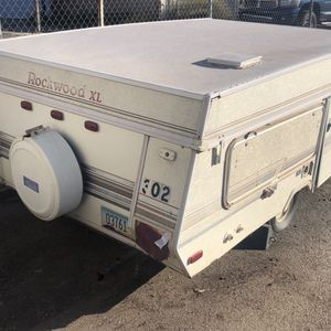 Pop Up Camper Rv Trailer Titled Its For Sale 40st And University Area Needs Tlc, for Sale in Phoenix, AZ