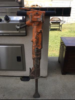 APT 90lbs air jack hammer for Sale in Whittier, CA