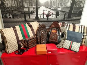 Handbags and luggage bags for Sale in Tampa, FL