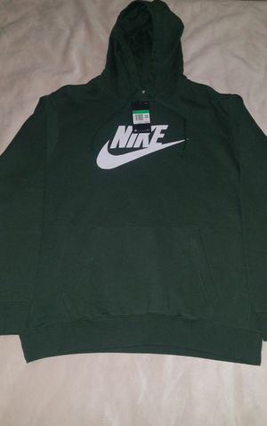 MENS NIKE PULLOVER HOODIE for Sale in Oak Park, IL