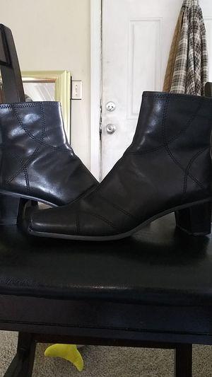 Express zip up heel boots for Sale in Pontiac, MI