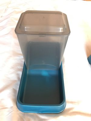 Pet food/water dispensers for Sale in Staten Island, NY