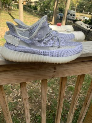 """Adidas Yeezy Boost 350 v2 Static """"Non Reflective"""" *Size 11* for Sale in Yardley, PA"""