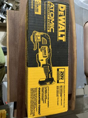 DEWALT DCS354B ATOMIC 20V Max Brushless Cordless Oscillating Multi-Tool (tool only) for Sale in Northbrook, IL