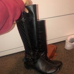 Black Boots for Sale in Ellensburg,  WA
