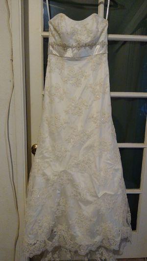 Wedding dress David's Bridal size 10 for Sale in Corona, CA