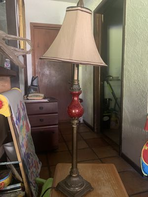 Free lamp for pick up for Sale in Miami, FL