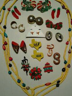 One Necklace, Three Brooches And Twelve Pair Of Earrings!!! for Sale in Austin,  TX