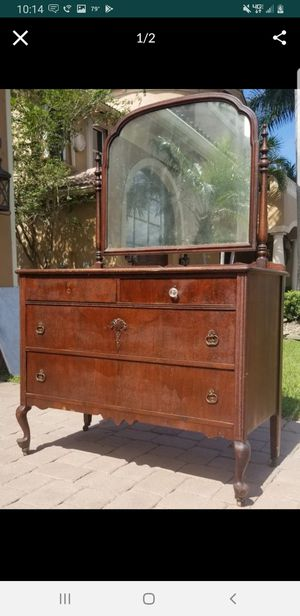 Antique mahogany dresser vanity for Sale in Lake Worth, FL