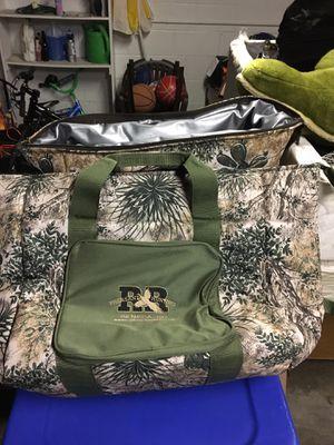 Cooler bag for Sale in Cleveland, OH