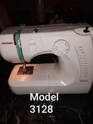 Janome Sewing Machine for Sale in Austin, TX